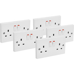 Axiom Axiom Contractors Twin Switched Socket 5 Pack 2 Gang Double Pole Trade Pack - 33307 - from Toolstation