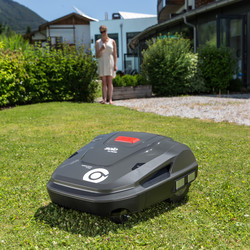 SOLO by AL-KO Robolinho R4100 25.2V 32cm Robotic Lawnmower