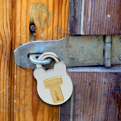 Master Lock Old English Padlock