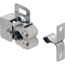 Twin Roller Catch 27 x 33mm - 42384 - from Toolstation