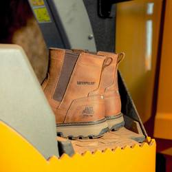 Caterpillar Pelton Safety Dealer Boots