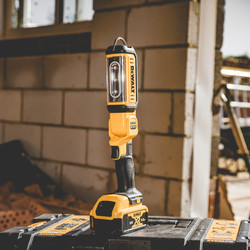 DeWalt DCL050-XJ 18V XR Handheld LED Area Light