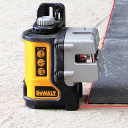 DeWalt DW089K-XJ 3 Way Self-Levelling Multi Line Laser Level