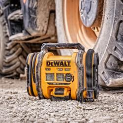 DeWalt DCC018N-XJ 18V XR Inflator