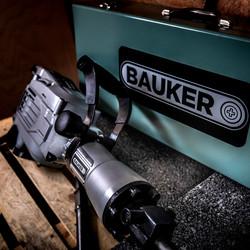 Bauker 1700W 15kg Breaker