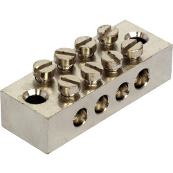 Unbranded Earth Block 4 Way - 62785 - from Toolstation