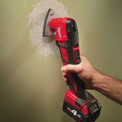 Milwaukee M18BMT-421C 18V Li-Ion Cordless Multi Cutter