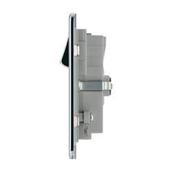 BG Screwless Flat Plate Polished Chrome 13A SP USB Switch Socket