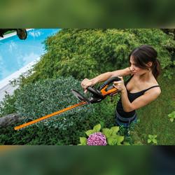 Worx Max 20V Li-Ion 52cm Cordless Hedge Trimmer