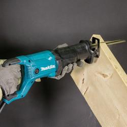 Makita 1200W Reciprocating Saw