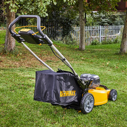 DeWalt DCMW564P2 36V XR 48cm Brushless Cordless Lawnmower