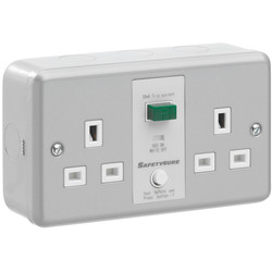 SafetySure RCD Socket Metalclad 2 Gang 13A 30mA - 74267 - from Toolstation