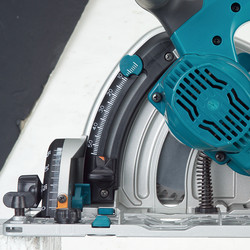 Makita 1300W 165mm Plunge Saw