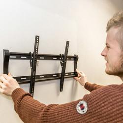 Vivanco Tilt TV Wall Mount Bracket
