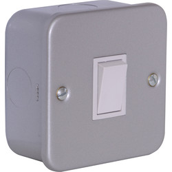 Axiom Axiom Metal Clad 10A Switch 1 Gang 1 Way - 86362 - from Toolstation
