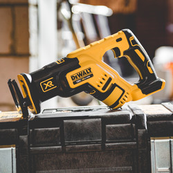 DeWalt DCS367N-XJ 18V XR Brushless Compact Recip Saw
