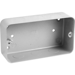 MK MK Grid Metal Flush Back Box 3-4 Gang With Knockouts - 96082 - from Toolstation