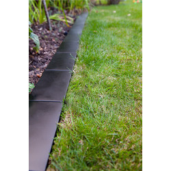 Black Metal Lawn Edge  - 98658 - from Toolstation