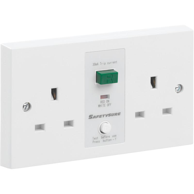 SafetySure RCD Socket White