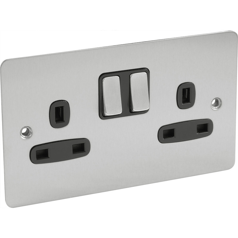 Flat Plate Satin Chrome 13A Switched Socket