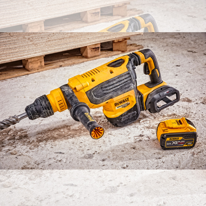 DeWalt DCH733X2-GB 54V XR FlexVolt SDS Max Rotary Hammer Drill 2 x 9 0Ah