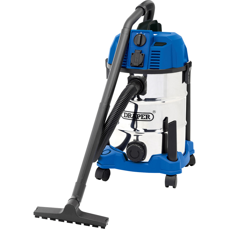 Draper 30L Wet & Dry Vacuum Cleaner With Power Tool Socket