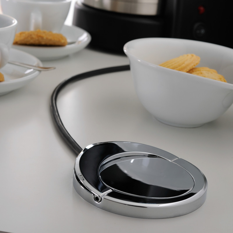 Sensio Pod Pull Up Worktop 3 Gang Socket with USB
