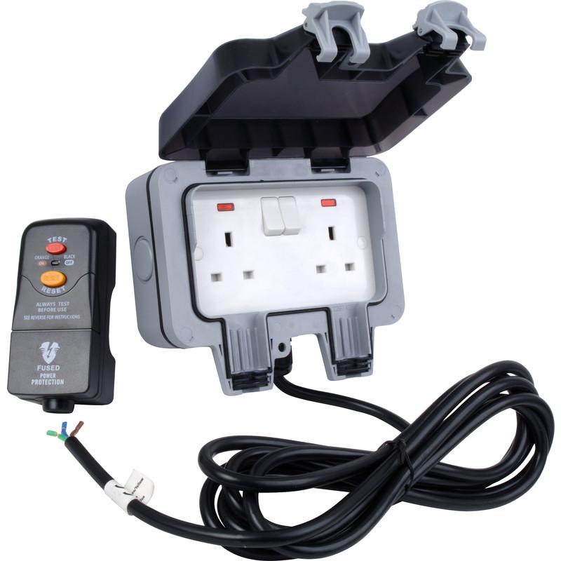 BG IP66 Outdoor Power Kit