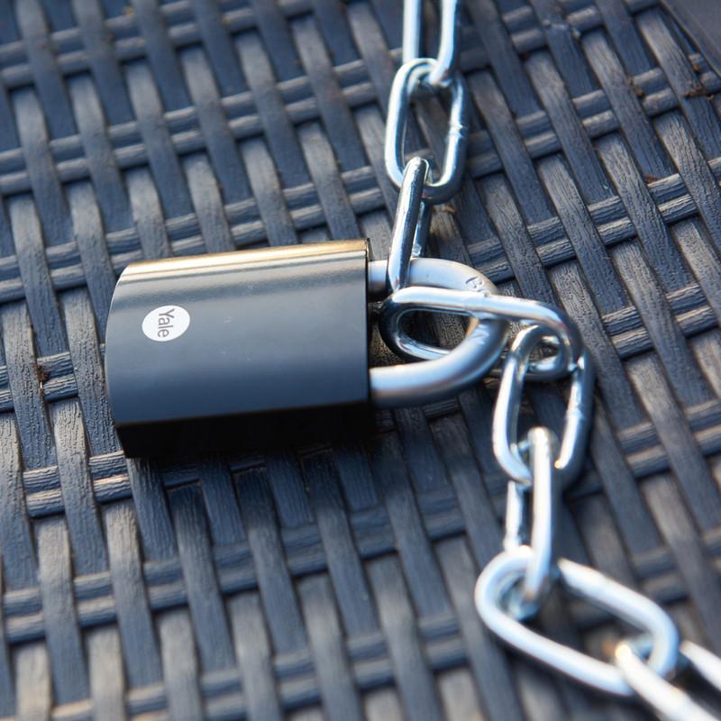 Yale Maximum Security Hardened Steel Padlock Black
