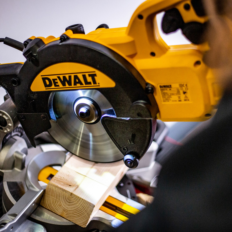 DeWalt DWS774-GB 1400W 216mm Sliding Mitre Saw