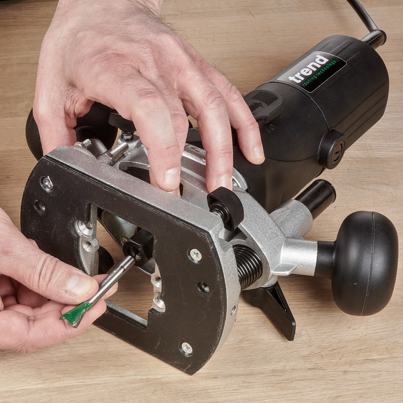 "Trend T4 1/4"" Variable Speed Router"