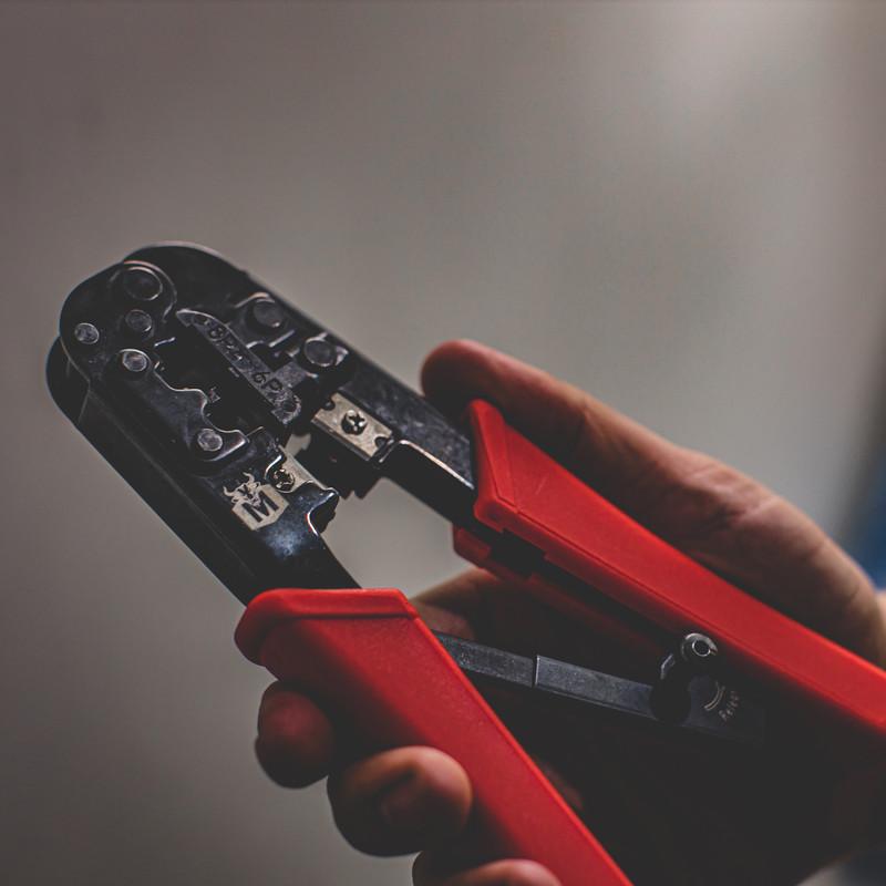 Minotaur Modular Ratcheting Crimping Tool