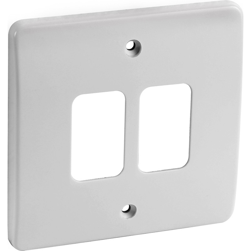 MK 3-GANG FRONT PLATE WHITE