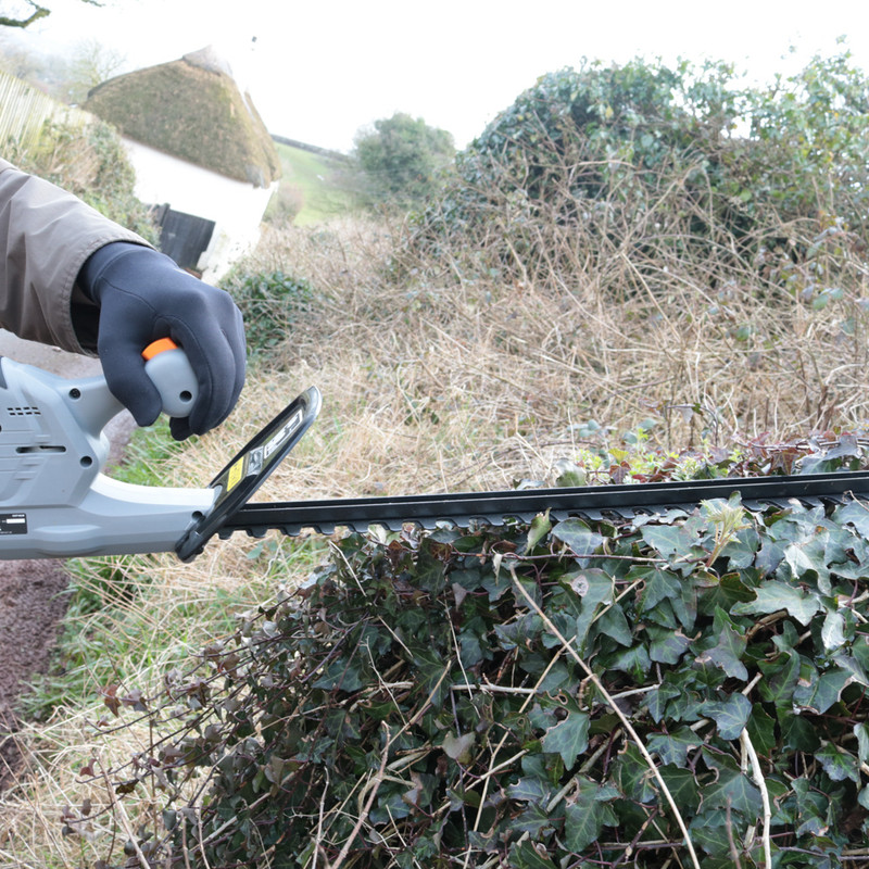Bauker 18V Li-Ion Cordless Hedge Trimmer