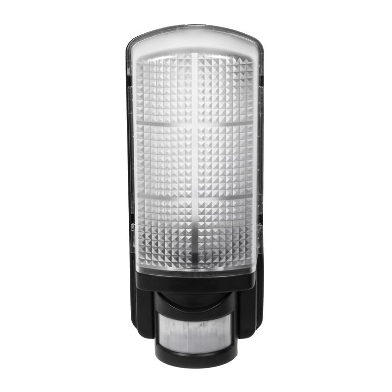 LED 9W IP44 PIR Bulkhead