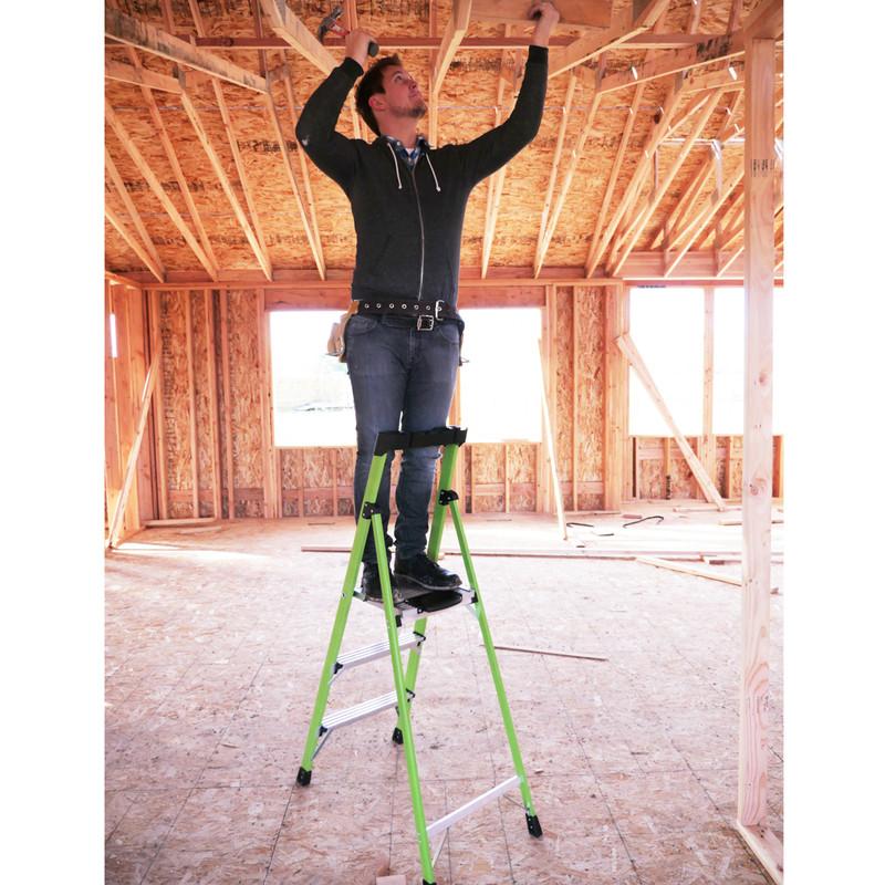 Little Giant Mighty Lite Fibreglass Step Ladder