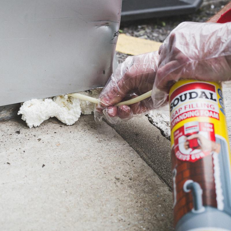 Soudal Genius Gun Gap Filling Expanding Foam