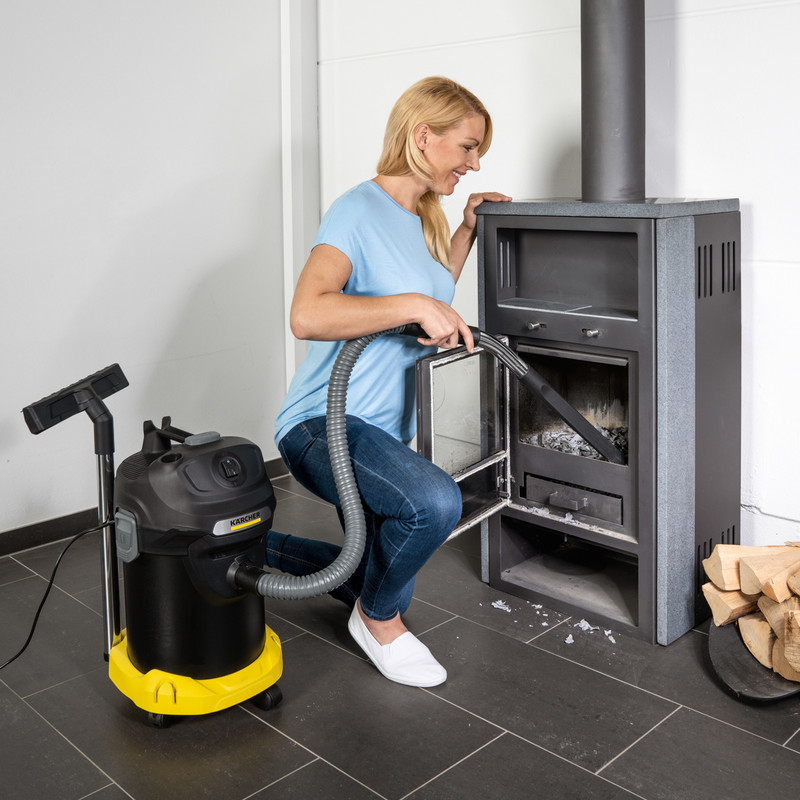 Karcher AD 4 Ash Vacuum