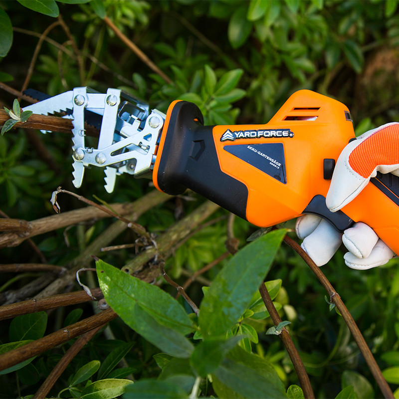 Yard Force LS C08 20V Cordless Garden Saw