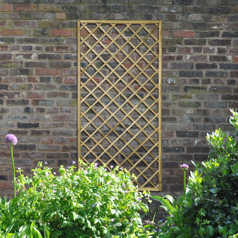 Forest Garden Hidcote Lattice
