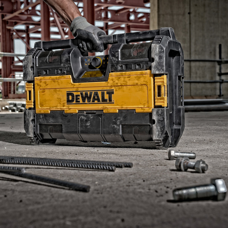DeWalt DWST1-75663-GB Tough System Radio