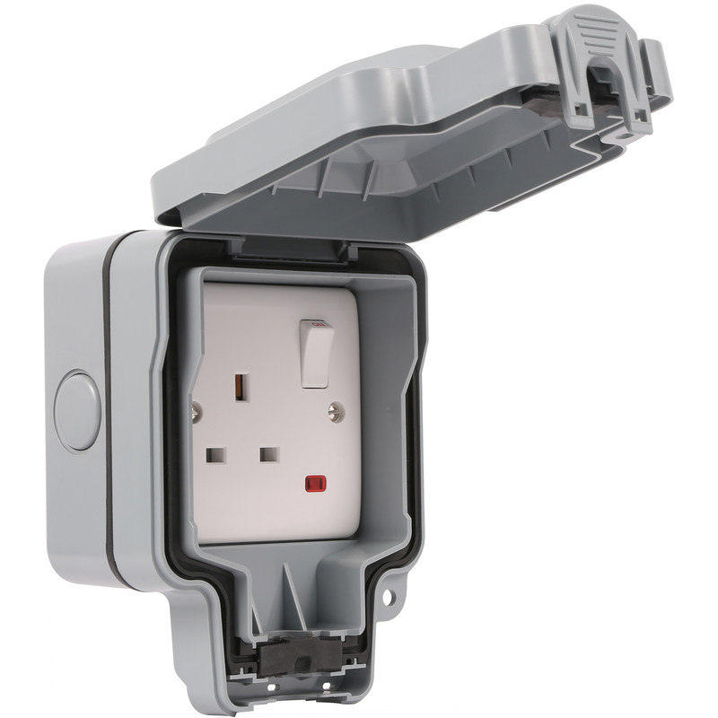 Wessex IP66 13A DP Switched Socket