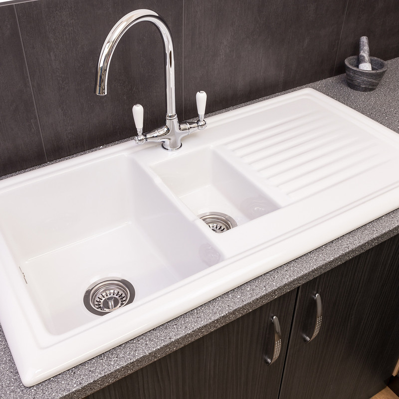 Reginox 1 1/2 Bowl Ceramic Kitchen Sink & Drainer