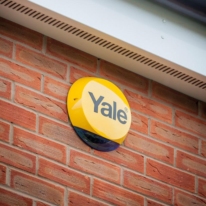 Yale Smart Home Alarm & View Kit