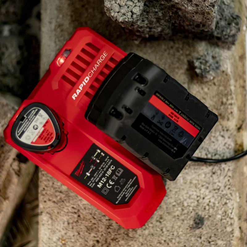 Milwaukee M12-M18 Li-Ion Fast Multi Battery Charger