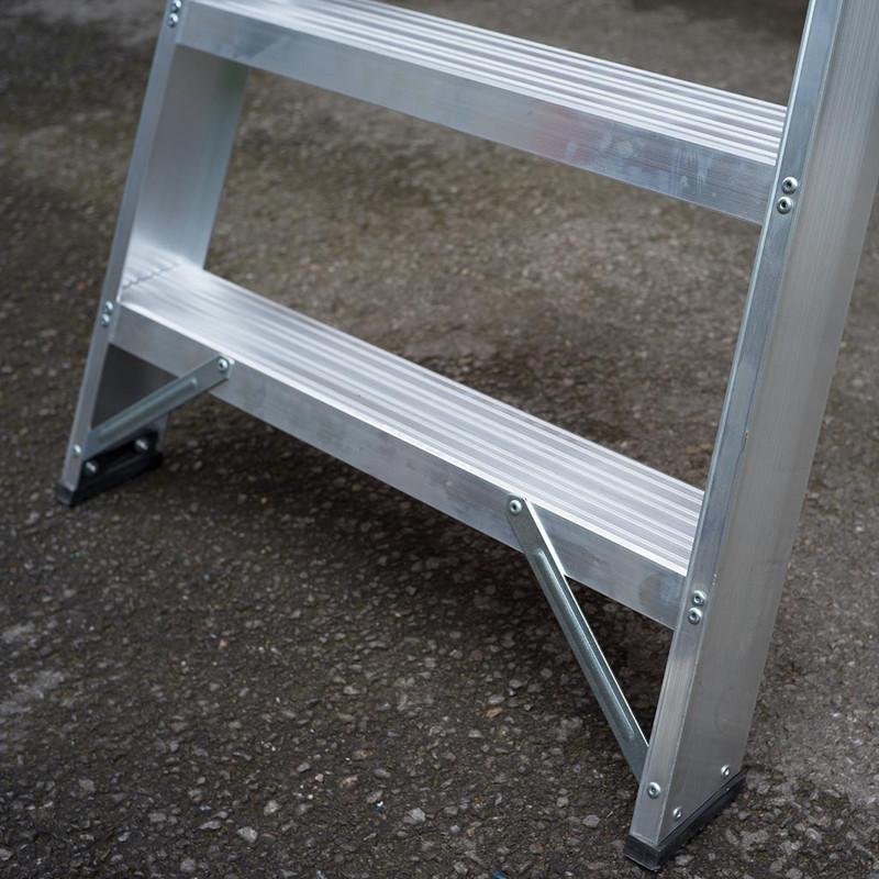 TB Davies Industrial Swingback Step Ladder