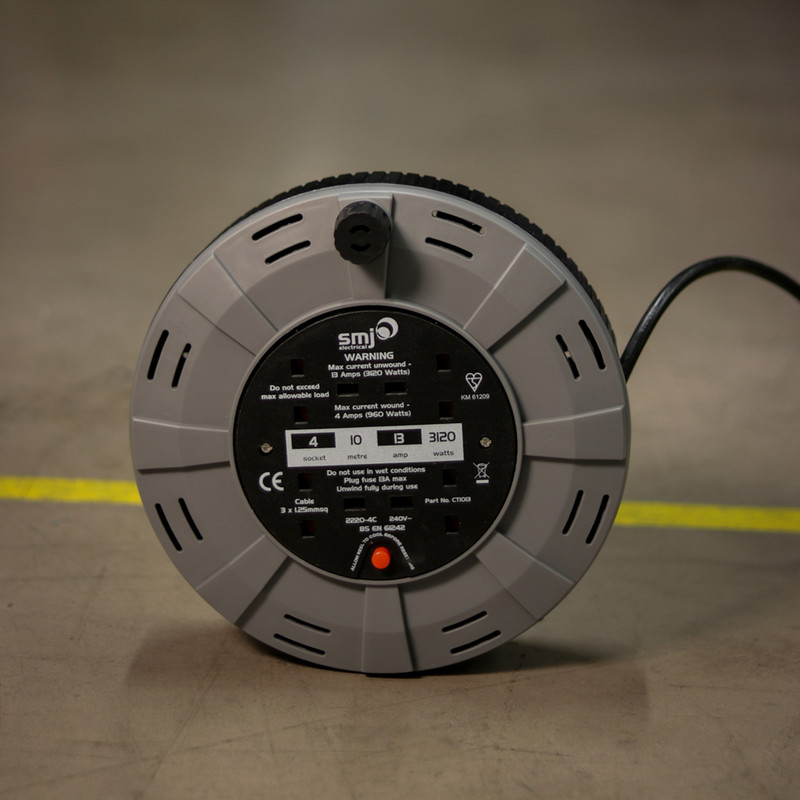 SMJ 13A Enclosed Cable Reel