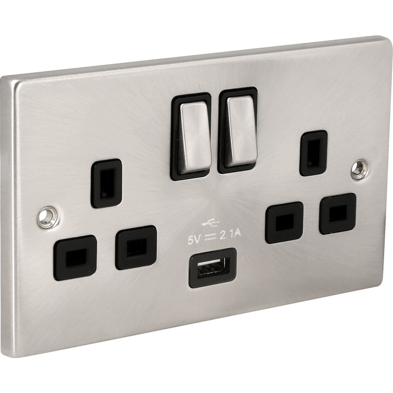 Click Deco Satin Chrome  USB Switched Socket