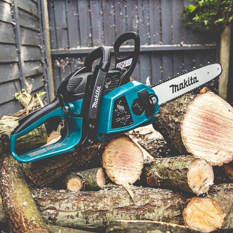 Makita EA3201S35B 32cc 35cm Petrol Chainsaw