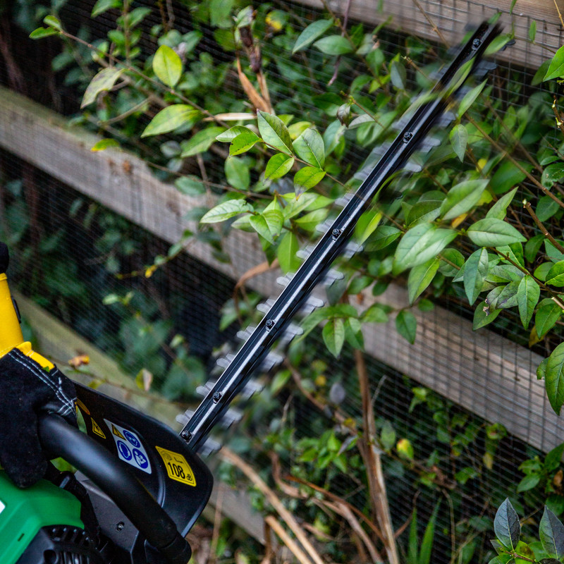 Hawksmoor 26cc Petrol Hedge Trimmer
